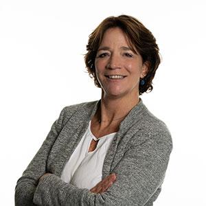 Dr. Bernadette van den Hoogen